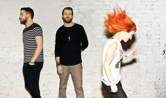 Paramore-Still-Into-You