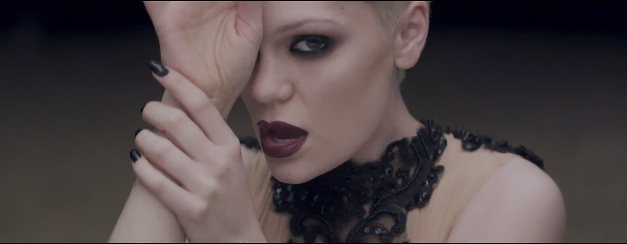 Jessie J Thunder music video