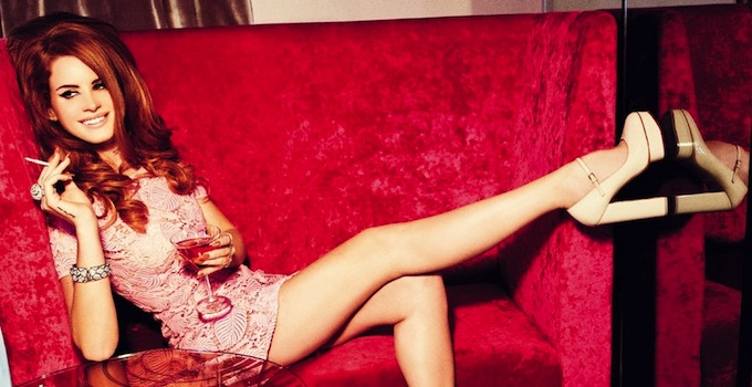 Lana Del rey red couch