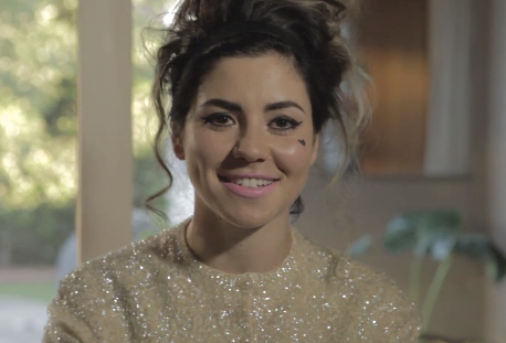 Marina & the Diamonds Youtube Presents