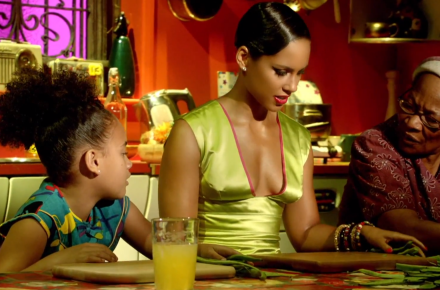 "Alicia Keys ""Girl On Fire"" Music Video"
