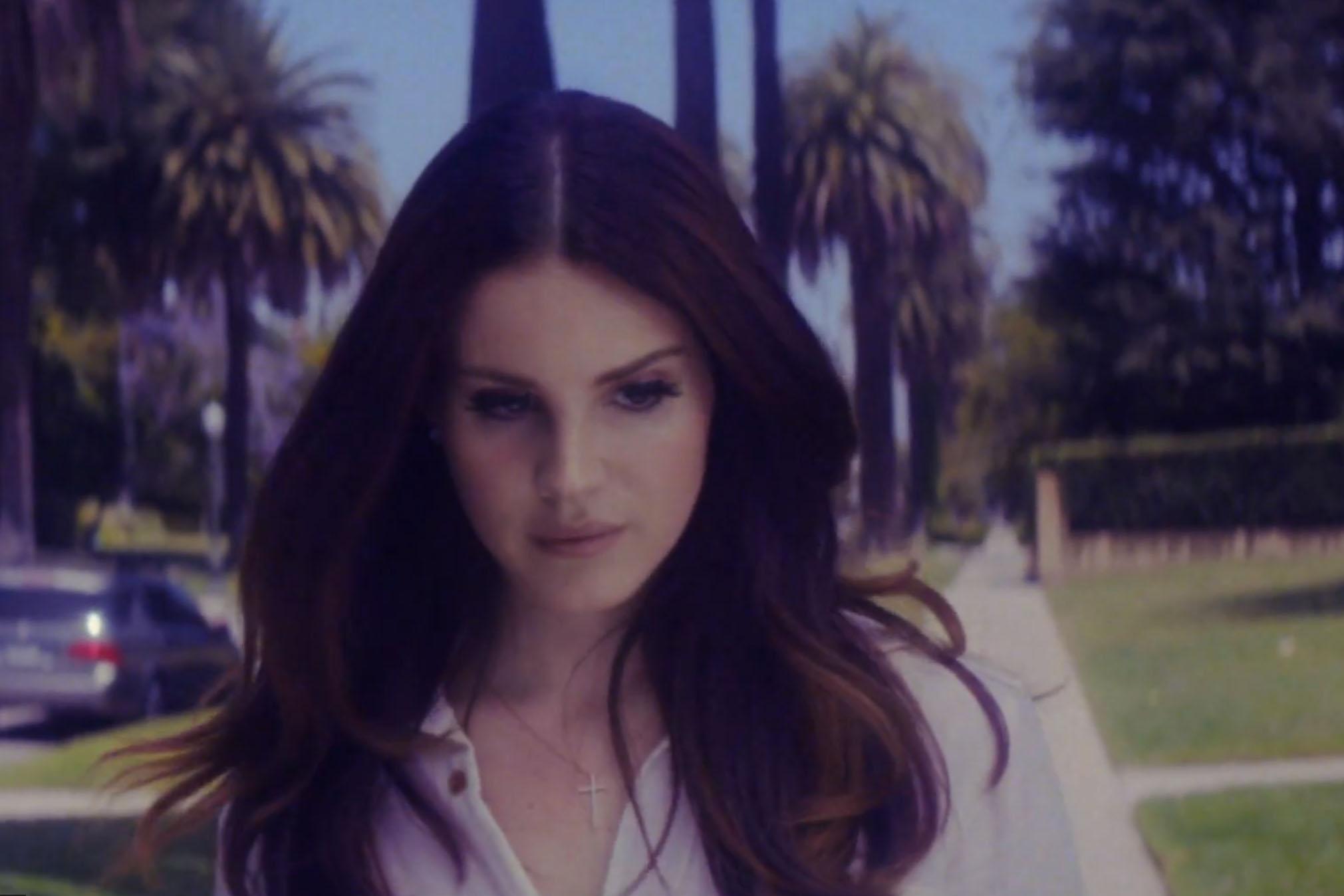 Lana Del Rey Shades of Cool